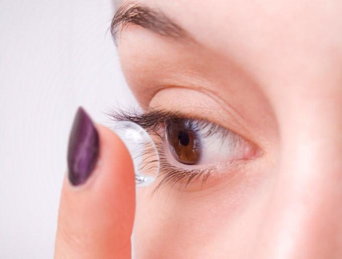 Adaptation en lentilles de contact